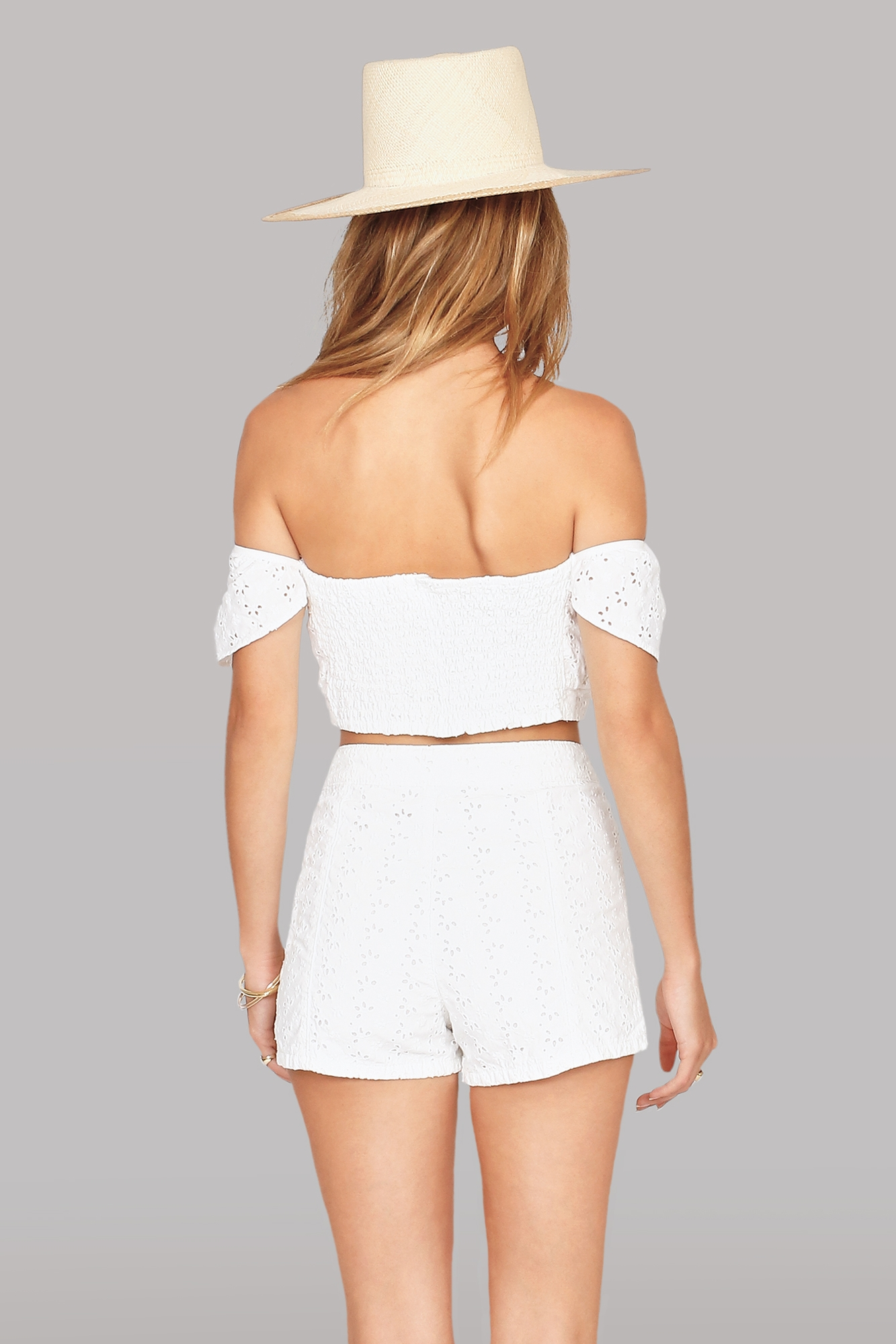Wildly Yours Short in White. - size 26 (also in 25,27,28,29,30) Amuse Society